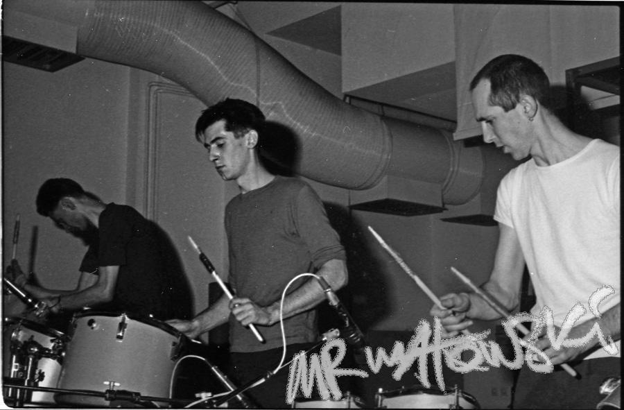 04-1986-Budapeszt-cd-Left-hand-Right-Hand-900pxl-miasto-19